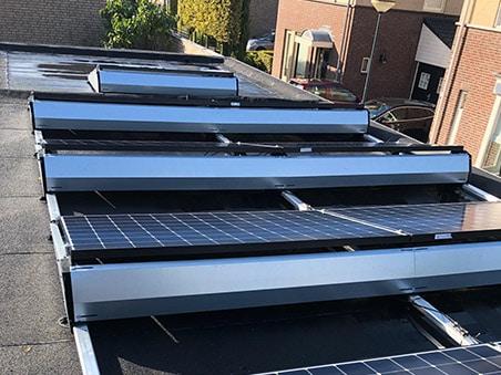 Zonnepanelen Geffen plat dak