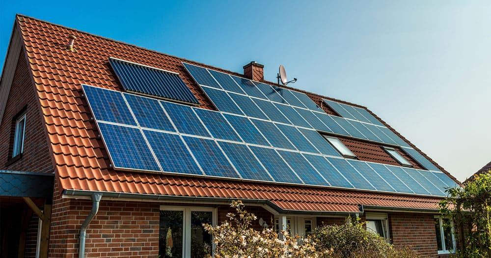 Hoeveel zonnepanelen heb je nodig om 100% zelfvoorzienend te zijn?